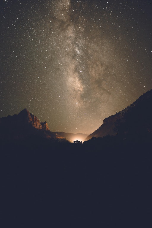 The Milky way in Zion National Park - triplemayo - http://bit.ly/2hWhOvo