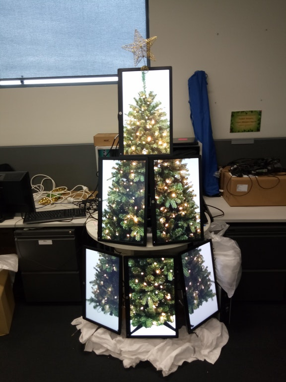 I made an IT Christmas Tree made of Monitors - thatpartyguy - http://bit.ly/2BttXRf