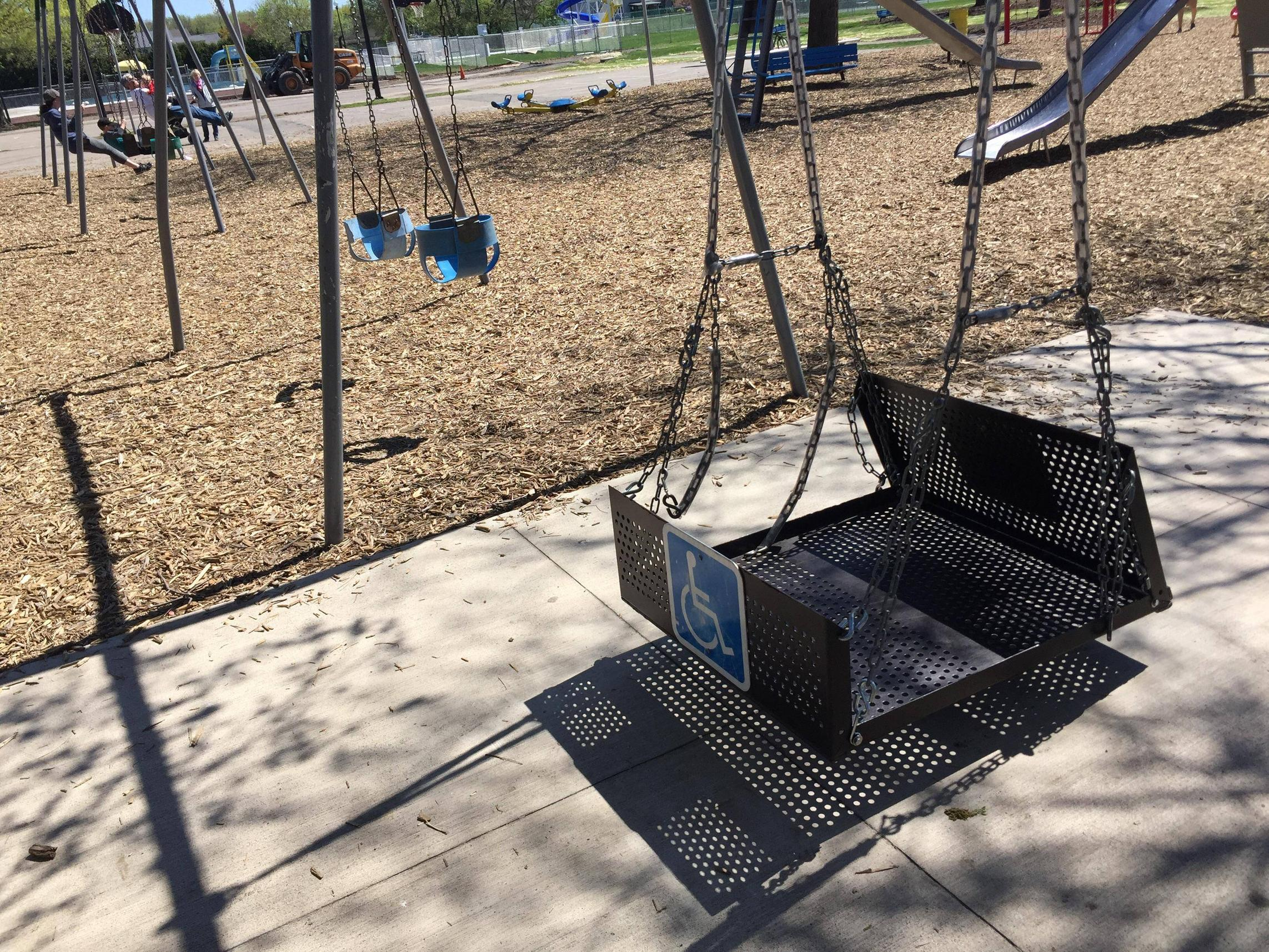 This playground has a swing for wheelchairs - clumsy182 - bit.ly2BPPKFc