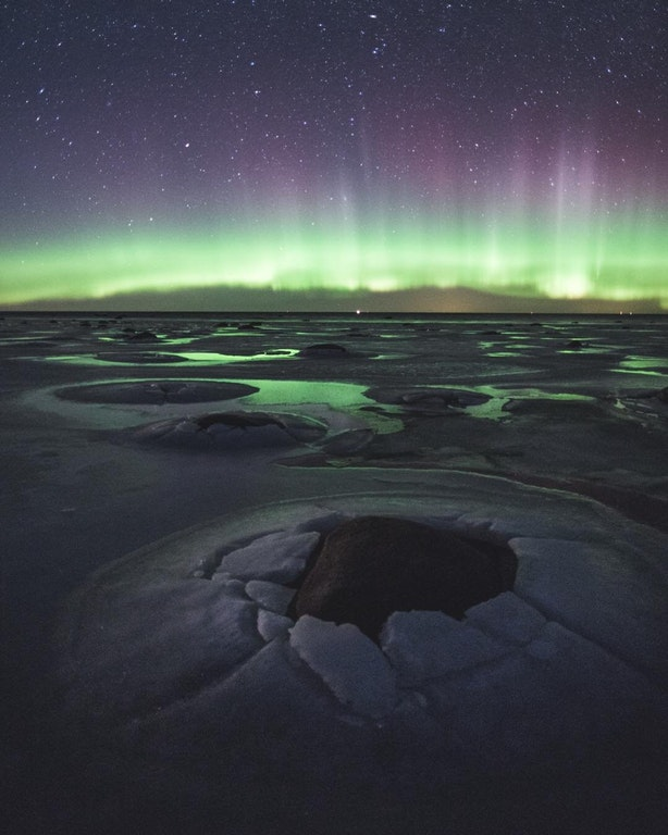 Saw Estonia being represented here, so I thought I'd share a picture of aurora borealis, taken by a friend of mine, shot in Saaremaa, Estonia - pasavasar - bit.ly2Gsjcnw