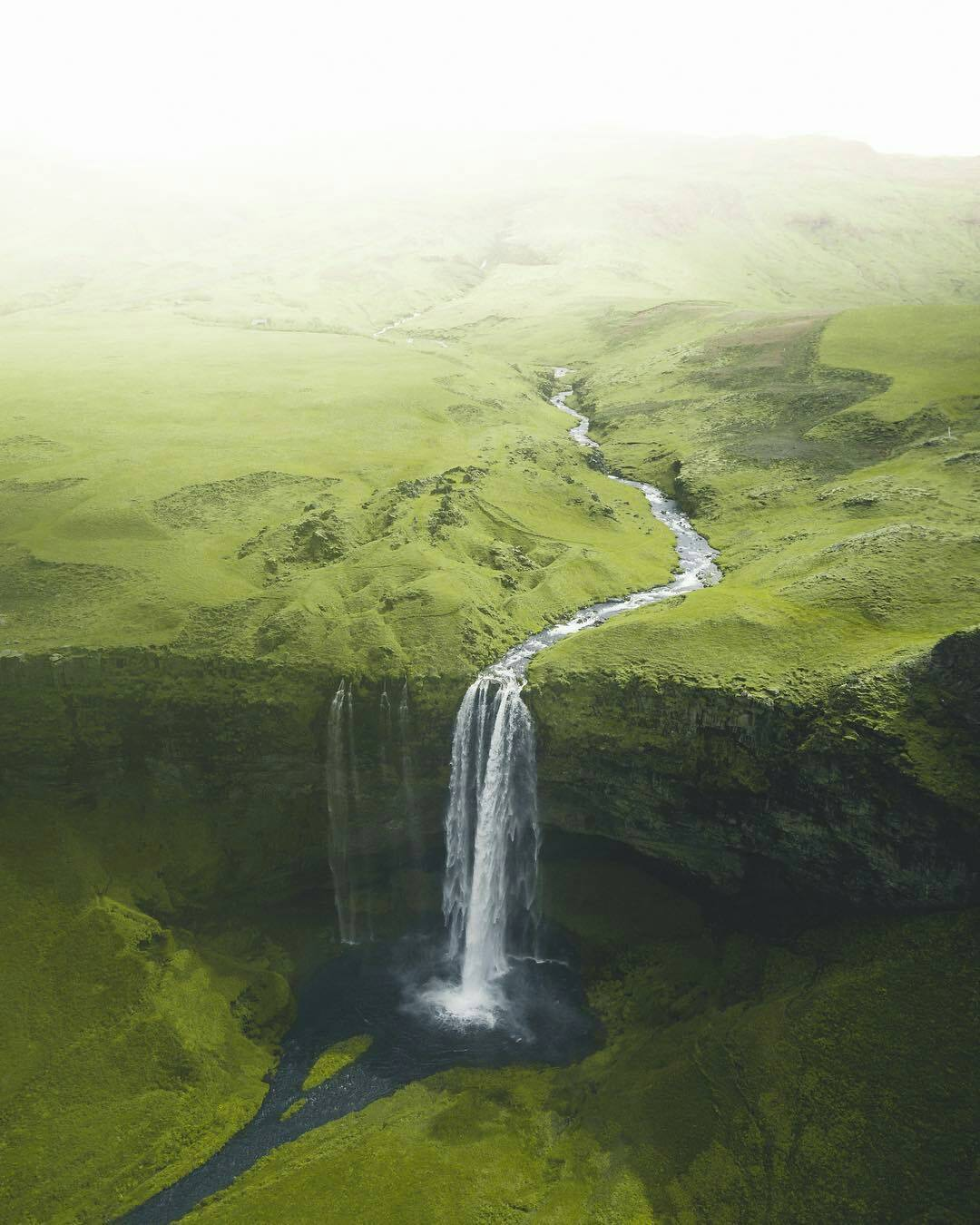 Waterfall in Iceland - Palifaith - bit.ly2O7DFP7