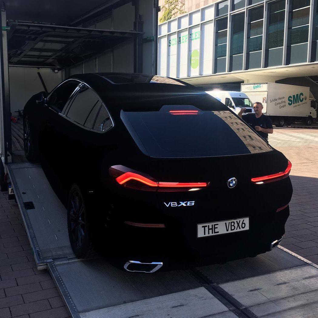 The first car (BMW X6) ever painted with Vantablack