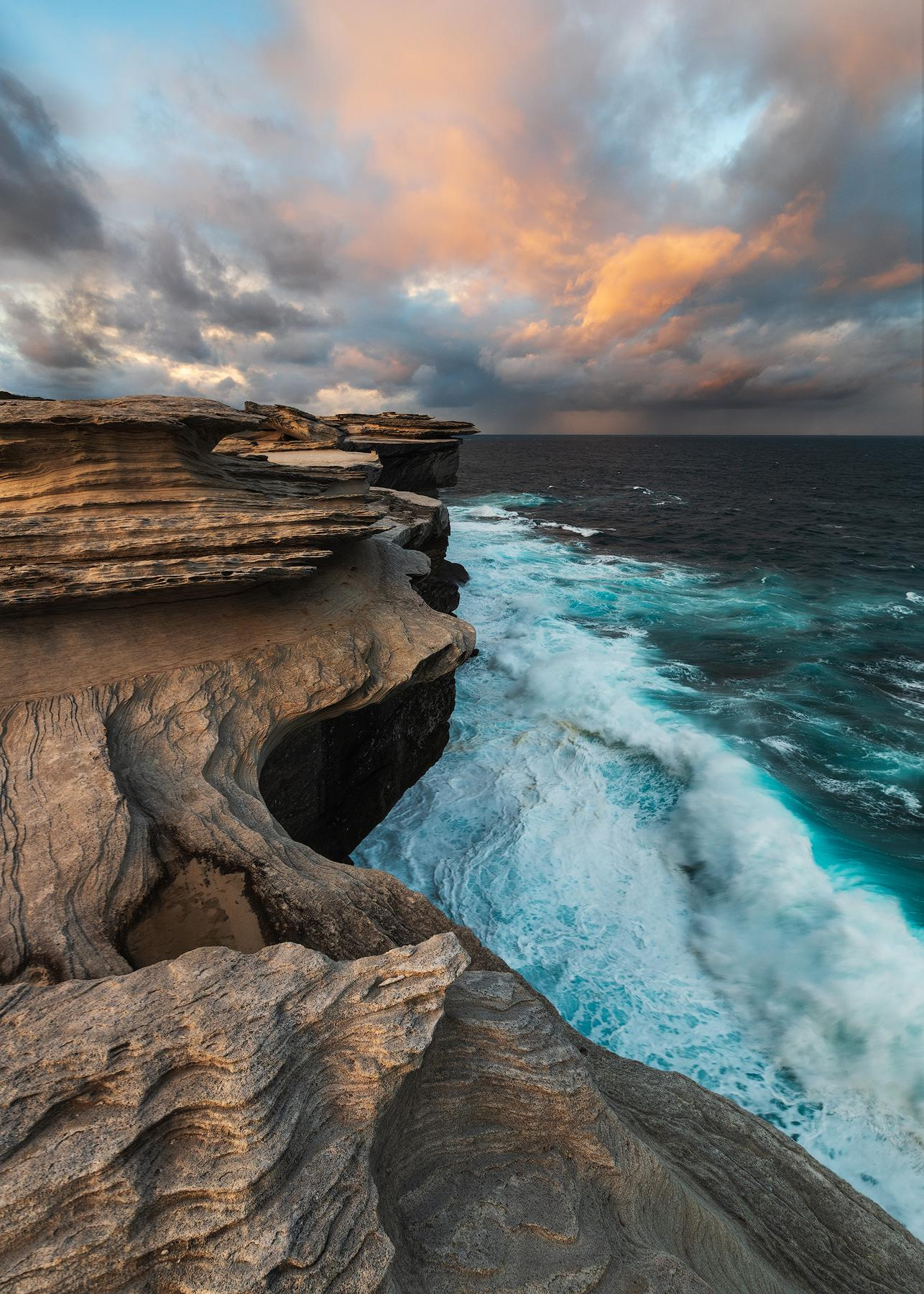 Seascape sunset at the cliff in Sydney, Australia