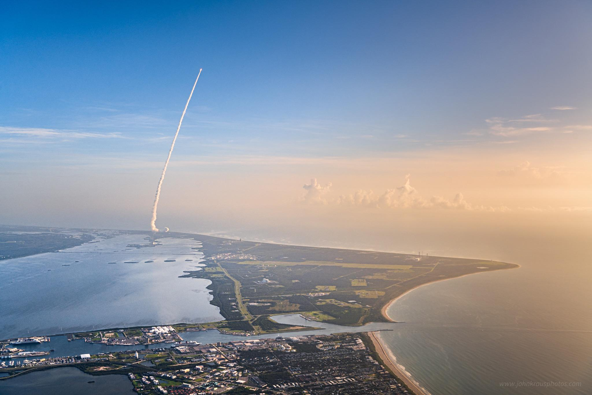 I rented a plane for a great view of the launch of NASA's newest Mars rover last month